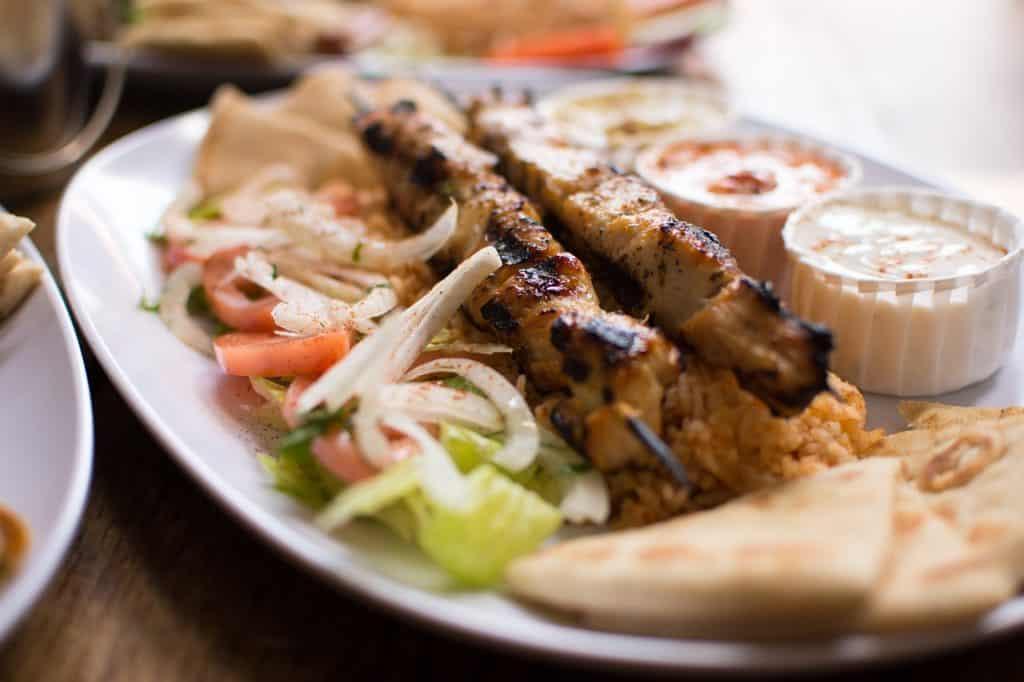 griechisch-essen-souvlaki