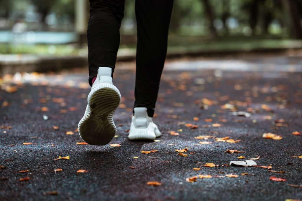 eine-person-die-joggt